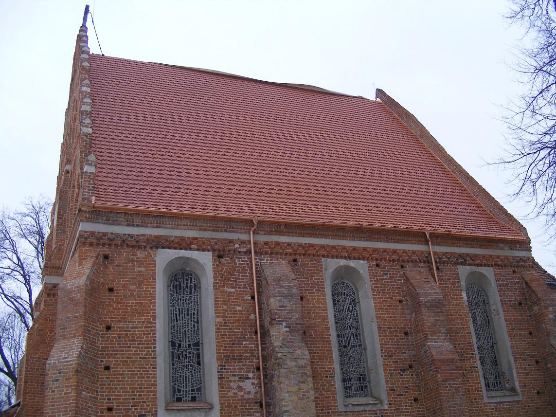 Nowe poszycie dachu Św Ducha